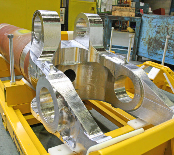 Machining a large size metal aeronautical landing gear - ORATECH